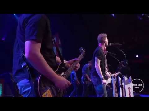 Florida Georgia Line - Sippin' On Fire (live)