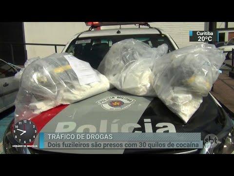 Fuzileiros navais são presos em São Paulo com 30 quilos de cocaína | SBT Brasil (09/04/18)