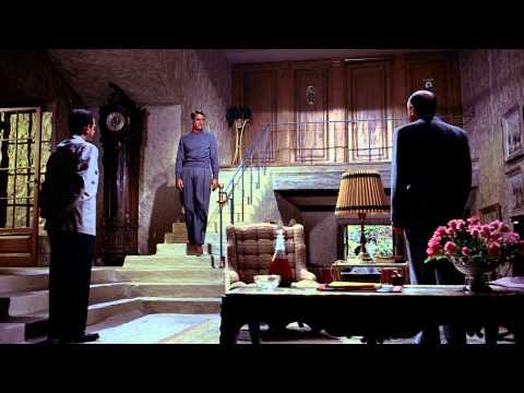 To Catch A Thief (1955) | (1/3) | Escape