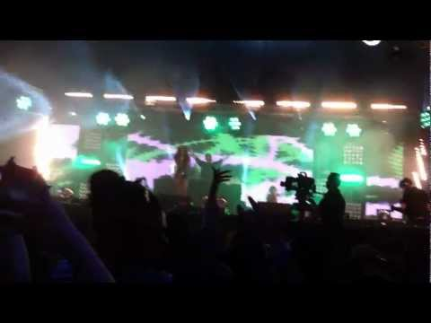 212- Azealia Banks BBC1 Radio Hackney Weekend 2012 (Live)