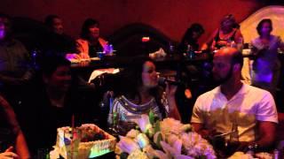 La Diferencia y Aca entre Nos - Jenny Rivera y Diana Reyes con Mariachi reyna de los Angeles