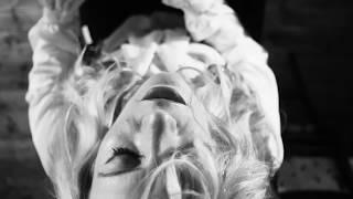 Alice Offley - Black Dog