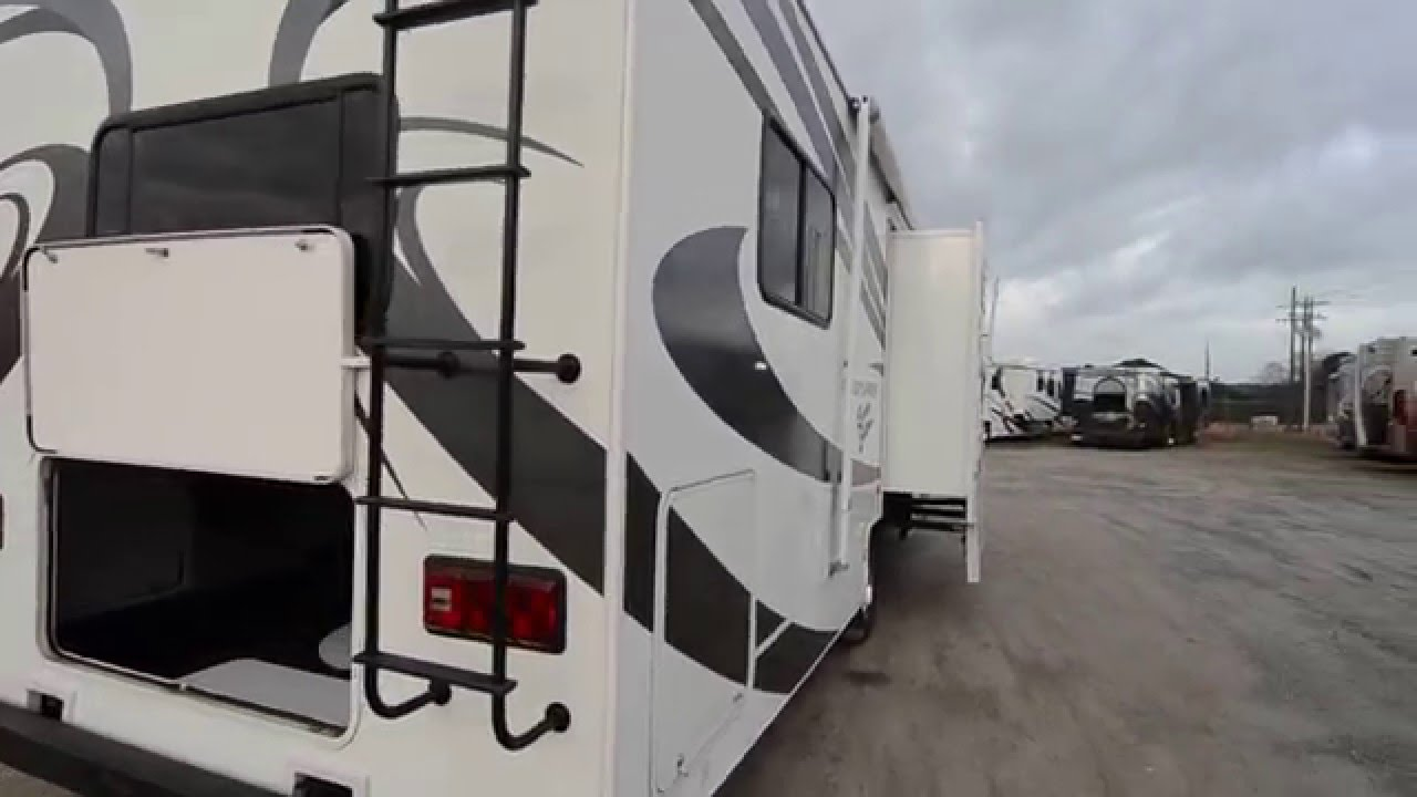 Coachmen Freedom Express >> 2008 Coachmen Freedom Express FX31IS C Class from Porter's