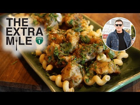 What To Eat In Fort Myers, Florida 🍝 The Extra Mile With Tyler Florence | Food Network