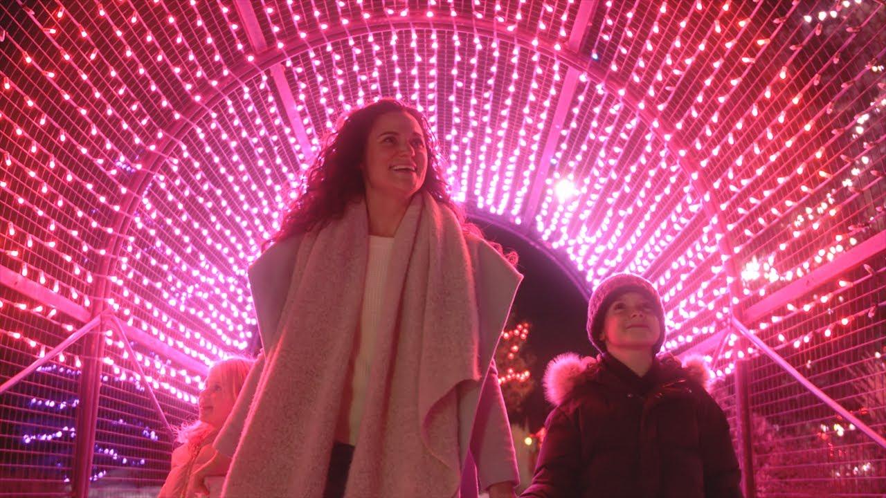 "Kristen Scott - ""LET CHRISTMAS FILL YOUR HEART"" (Official Music Video)"
