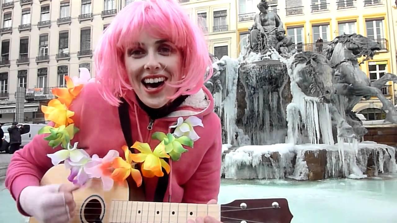 Amandine Thomas amandine thomas chante over the rainbow -- 6 : allez, juste pour le