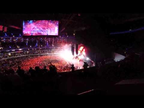 05 Tiësto & Hardwell feat Matthew Koma  Written In Reverse A Town Called Paradise  HD