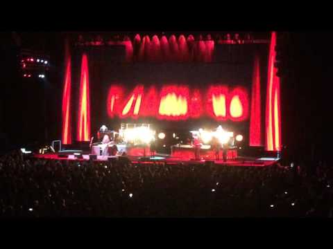 Stevie Nicks- Stop Draggin' My Heart Around (Live Charlottesville, VA)