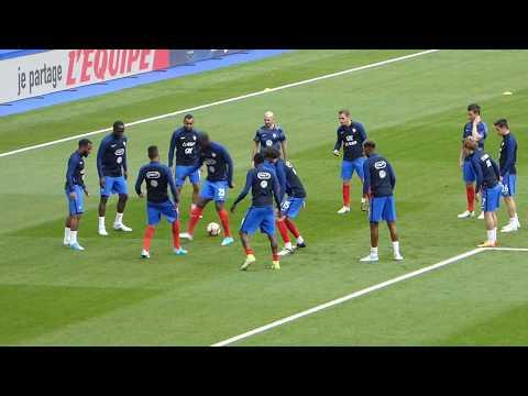 Alexandre Lacazette ● Corentin Toilisso ● Antoine Griezmann ● France vs England 2017