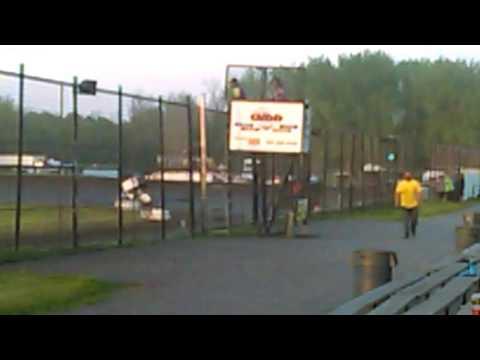 Buffalo River Race Park Race 3 (Sprint Cars) Part 2