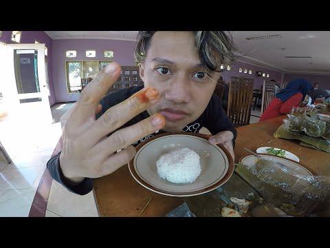 kelaparan-di-batang-3-porsi-nasi-garang-asem-bu-bengat