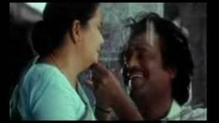 Download Video Amma endrazhaikkaatha MP3 3GP MP4