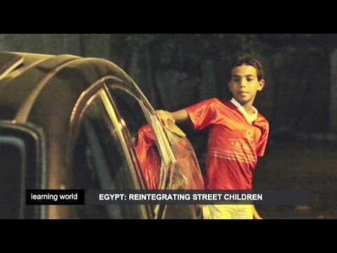 Facing street children in Egypt (Learning World: S5E06, part 1/3)