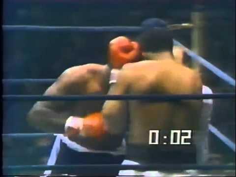 Download Muhammad Ali vs Earnie Shavers   1977 09 29   Full Fight