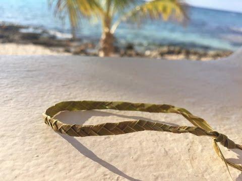 How to make Palm Leaf Braided Bracelets, fun summer DIY