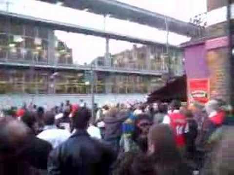 Rocket March to Emirates - Arsenal til I die