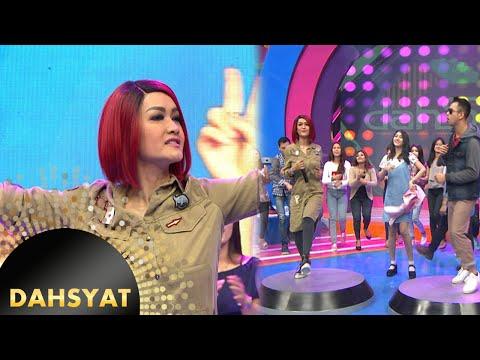 Julia Perez Menggoyang Dahsyat 'Ga Jaman' [Dahsyat] [24 Mei 2016]