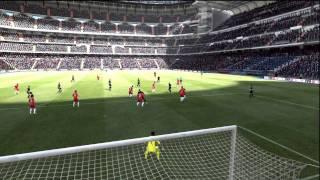 FIFA 12 Tutorials - Mastering The Curve Shot