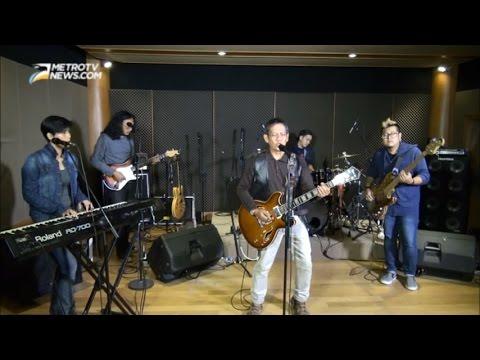 Kolaborasi Bapak Dan Anak Lahirkan Kembali Band Rock Legendaris