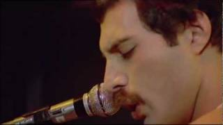 Queen Play The Game (Live Rock Montreal HD)