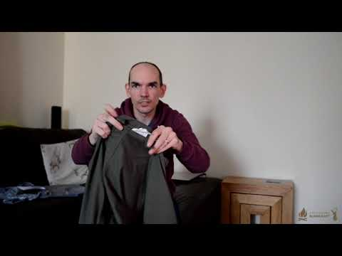 Unboxing/opening up the French army M300 cold weather parka coat