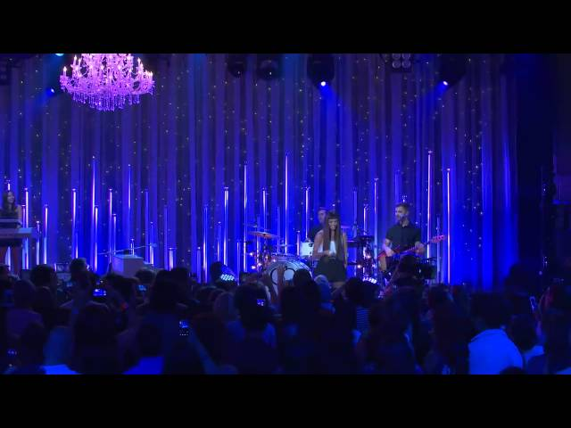 Christina Perri - A Thousand Years - Live on the Honda Stage at the iHeartRadio Theater LA