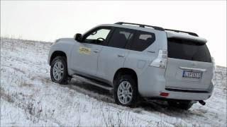 Toyota Land Cruiser offroad in snow stuck spin and survive