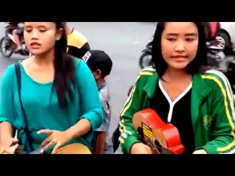 Beauty Street Performer From Indonesia part 4
