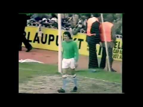 Glenn Hoddle 1977 v Aston Villa