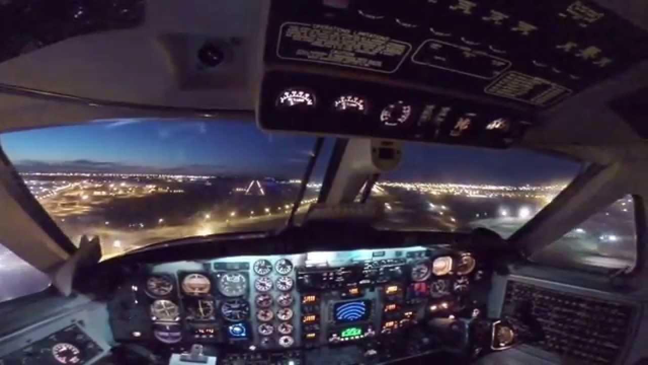 Beech 1900 Landing Sioux Falls Sd Youtube