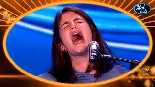 """AMAZING! This Girl Gets A GOLDEN TICKET Covering """"LA LLORONA""""! 