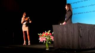 Beachbody Top 10 Coaches Tarah Carr & Lauren Knight speaking at Platinum Presenters