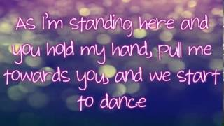 Fallin For You Colbie Caillat Lyrics)