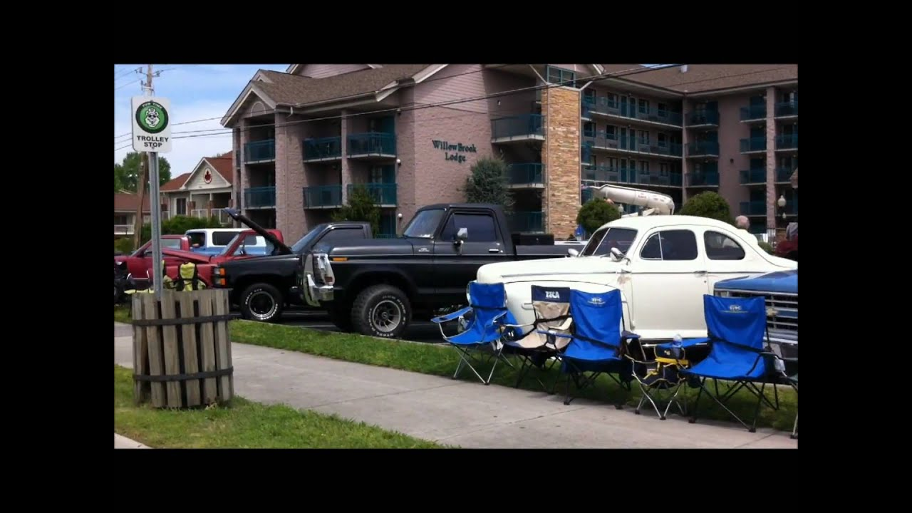 Classic car show pigeon forge tn youtube for Musictown motor cars tennessee