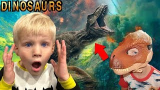 Jurassic World Comes to Life! Dinosaurs Take Over Playtime!!