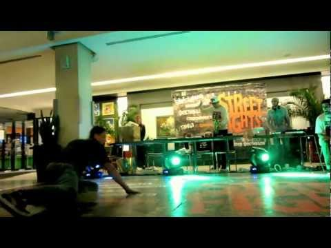 Street Fights 2013 || Judge|| Dam'en