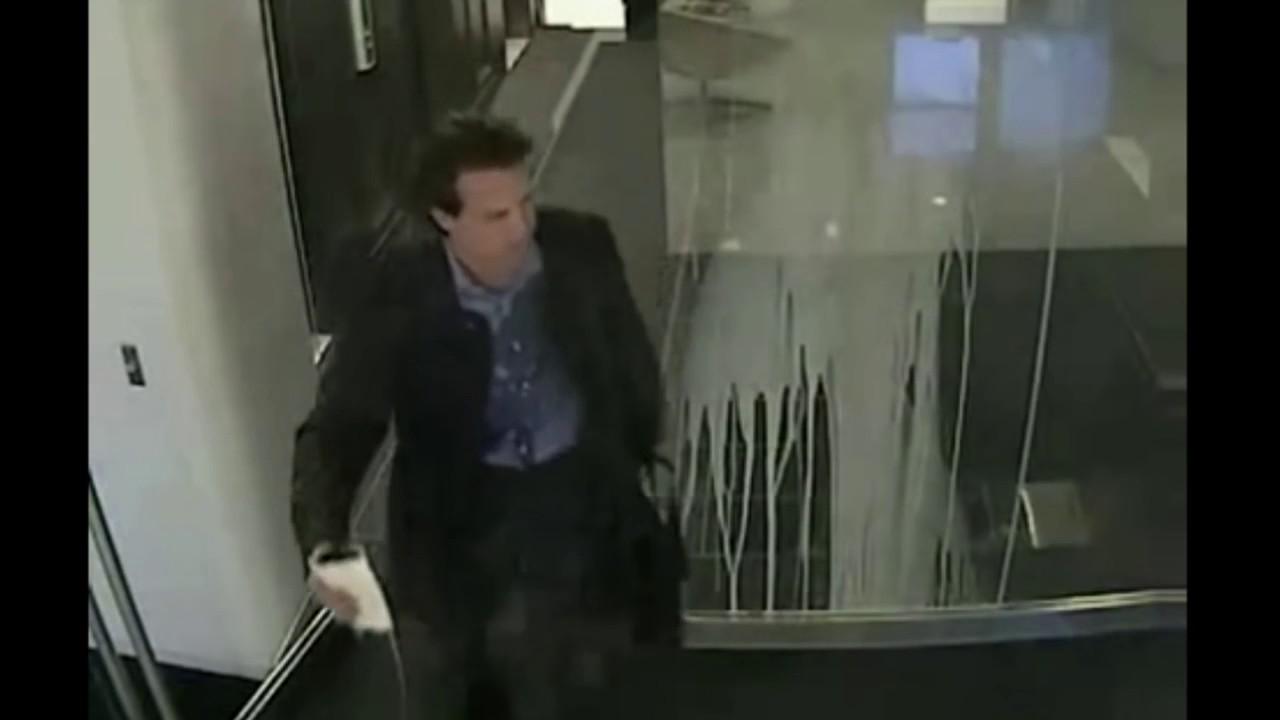 Stupid People Walking Into Glass Youtube