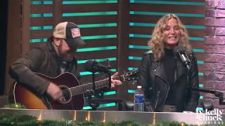 "Sugarland Performs ""Baby Girl"" LIVE Acoustic - Ty, Kelly & Chu…"