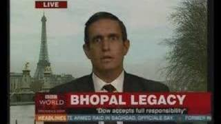 Bhopal Disaster - BBC - The Yes Men