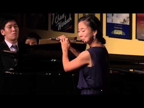 Hye Sung Choe, Flutist