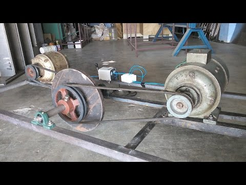 Flywheel Free Energy Generator