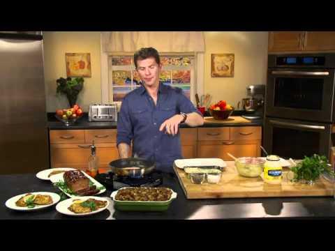 Bobby Flay Prepares Thanksgiving Dinner for PopMatters