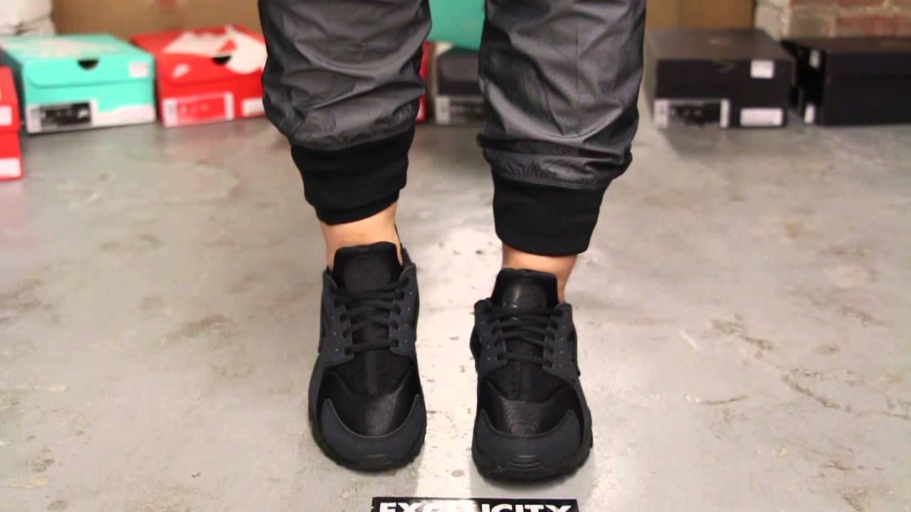 factory authentic a1707 c4f7b Nike Air Huarache