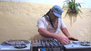 Doze Polegadas - Vinicius Xavier