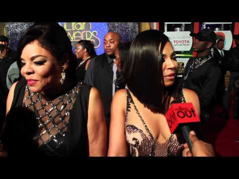 Soul Train Awards | Ashanti Gives Advice to Artists & Talks Beauty Secrets!