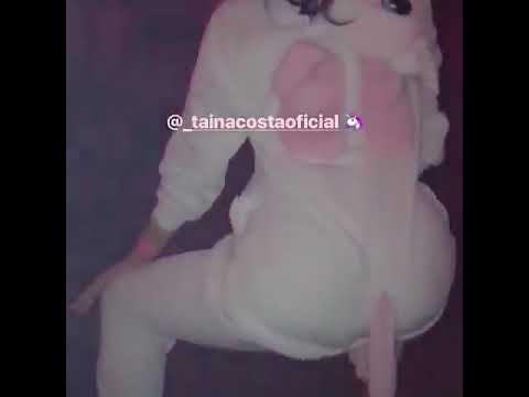 Taina Costa dançado De Unicórnio