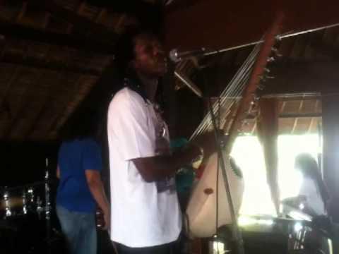 Afronesia,[Vieux Aliou Cissokho checking sound @ Ryoshi Jazz House]