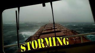 Штормование! Все еще хочешь стать моряком? / Storming! Still want to become a sailor?