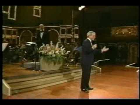 Perry Como Tribute To Bing Crosby