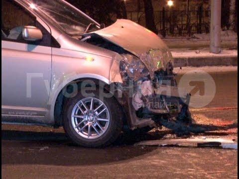 Автолюбительница протаранила машину «скорой помощи» в Хабаровске .